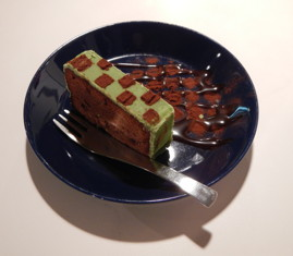 重森三玲展-小市松ケーキ-